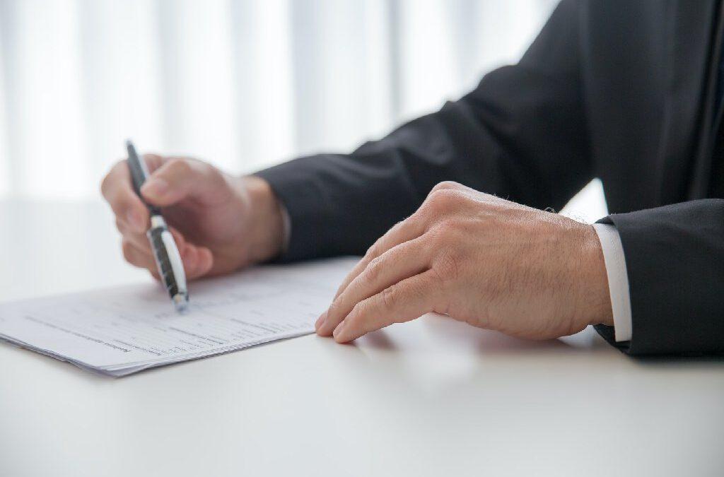 Co zrobić, gdy ZUS stwierdza pozorność umowy o pracę?